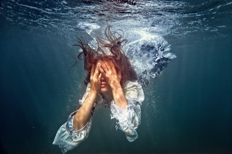 сигареты, картинки где человек в воде береты этого